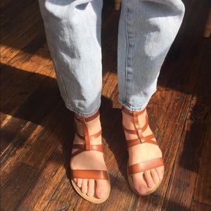 Girls leather gladiator sandal tan size 3 UEC